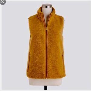 guc jcrew fleece vest h1197